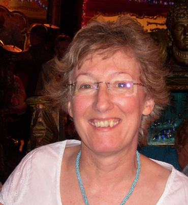 Introduction image for Lesley Brooks - Featured Artist