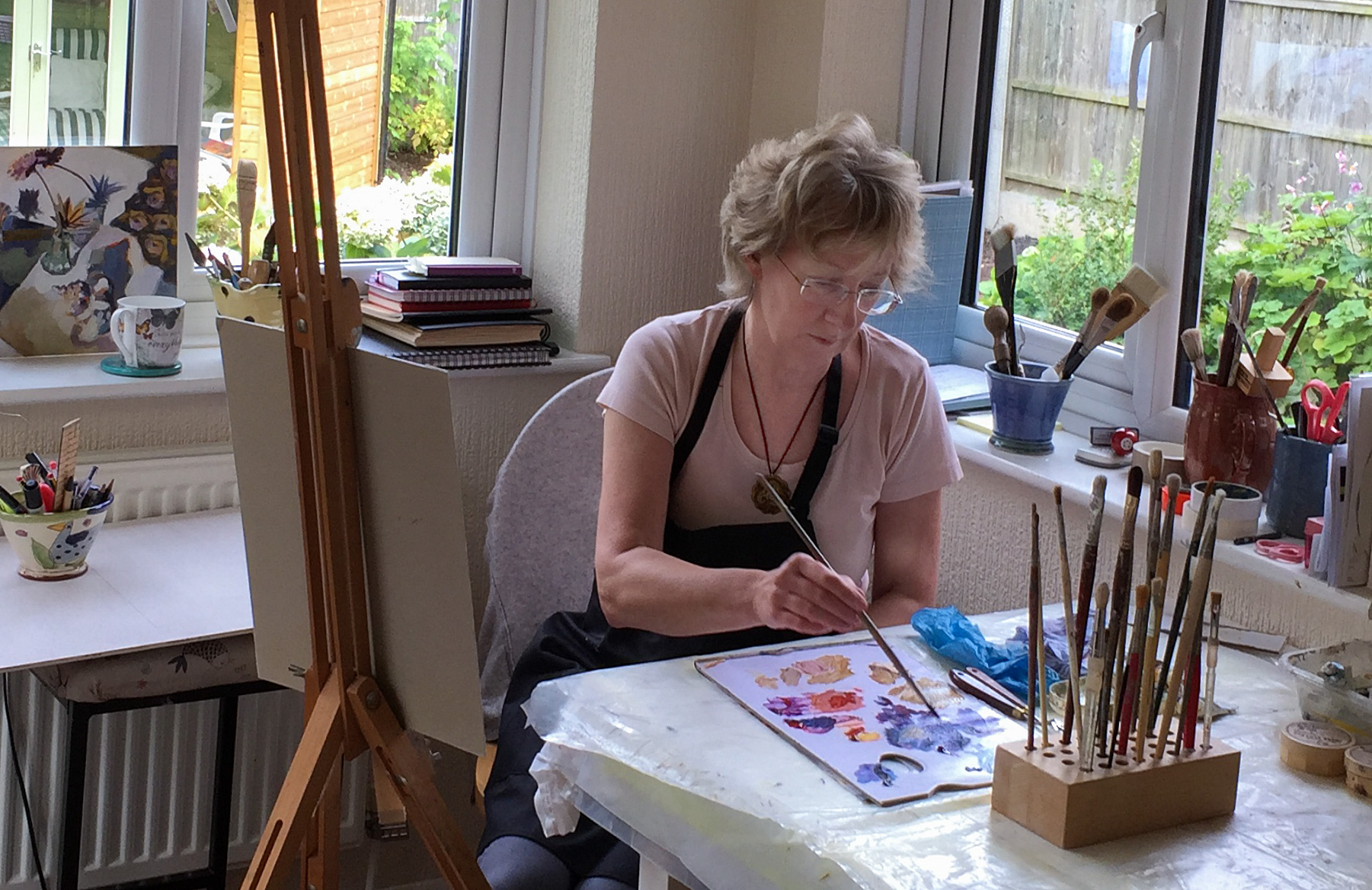Photograph of Lesley Brooks in her studio