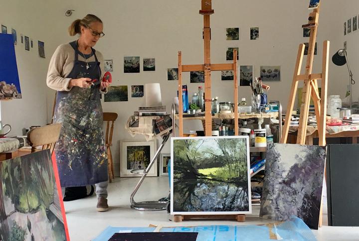 Lisa Timmerman in her studio