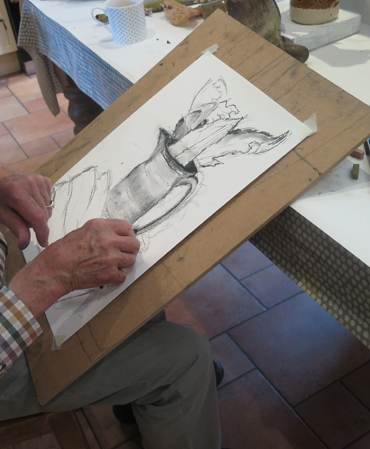 a student drawing in Jacqui Gallon's workshop